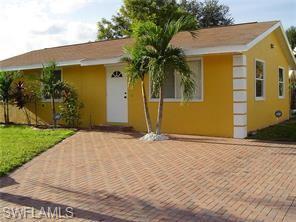 17 Roanoke Dr, Fort Myers, FL 33905