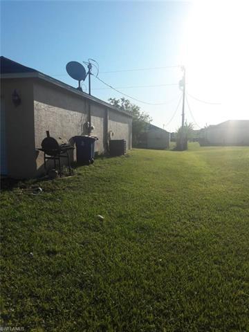595 Bell Blvd S, Lehigh Acres, FL 33974