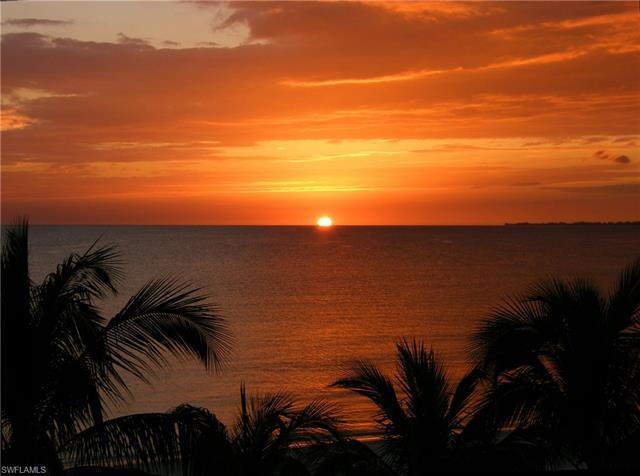 914 Diplomat Pky E, Cape Coral, FL 33909