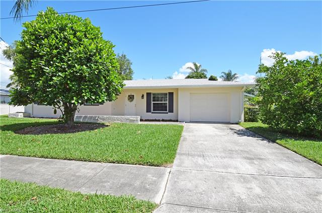 1692 Lakeview Blvd, North Fort Myers, FL 33903