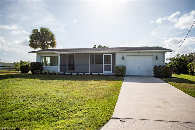 4840 Shady River Ln, Fort Myers, FL 33905