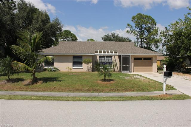 9057 Pineapple Rd, Fort Myers, FL 33967