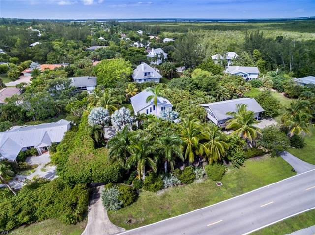 1009 Dixie Beach Blvd, Sanibel, FL 33957