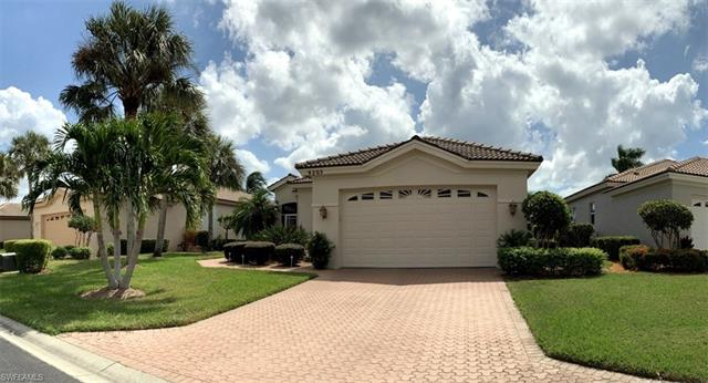 9205 Willowcrest Ct, Fort Myers, FL 33908