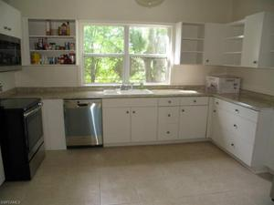1751 Hough St, Fort Myers, FL 33901