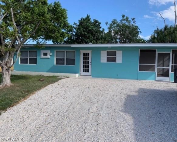128 Hibiscus Dr, Fort Myers Beach, FL 33931