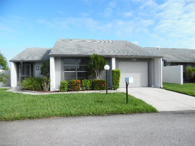 9773 Oakcrest Ct, Lehigh Acres, FL 33936