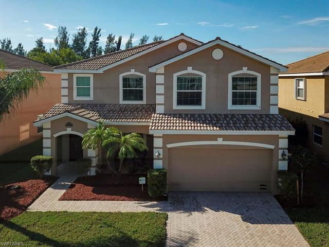 2221 Cape Heather Cir, Cape Coral, FL 33991