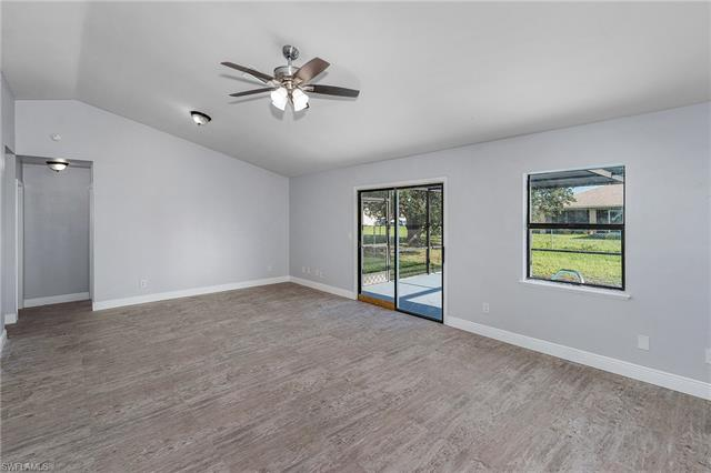 2605 Nw 9th St, Cape Coral, FL 33993