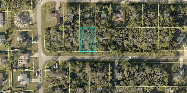 5432 Benton St, Lehigh Acres, FL 33971