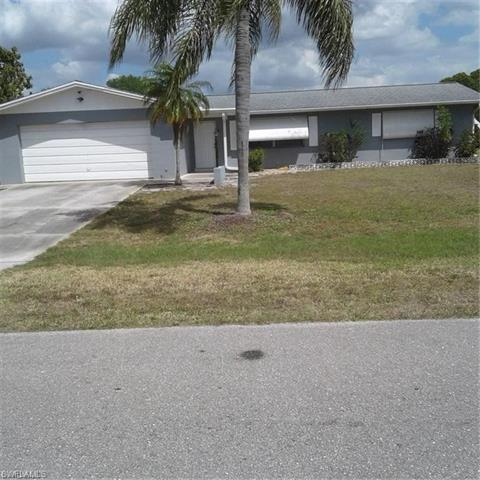 208 Rockcliff Ave, Lehigh Acres, FL 33936