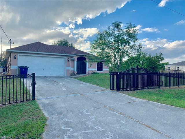 837 Gulf Ln, Lehigh Acres, FL 33974