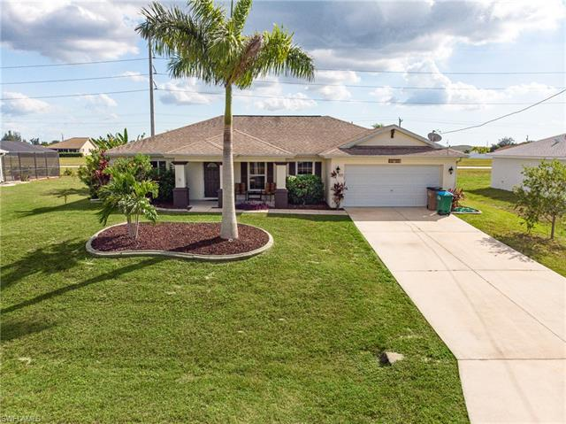 328 Nw 24th Ter, Cape Coral, FL 33993