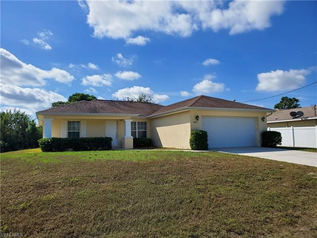 2927 4th St Sw, Lehigh Acres, FL 33976