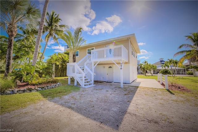 170 Bayview Ave, Fort Myers Beach, FL 33931