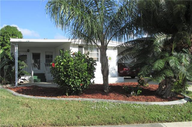 11350 Dogwood Ln, Fort Myers Beach, FL 33931