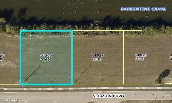 723 Gleason Pky, Cape Coral, FL 33914