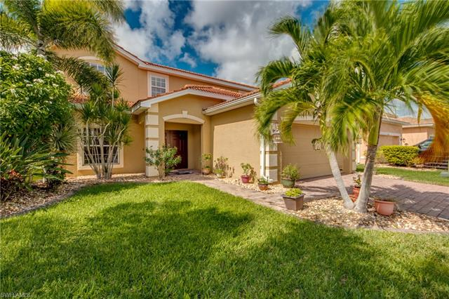 2165 Cape Heather Cir, Cape Coral, FL 33991