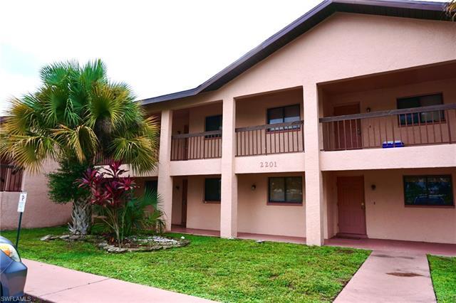 2201 5th St E 23, Lehigh Acres, FL 33936