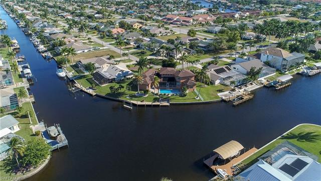 1233 Sw 54th Ln, Cape Coral, FL 33914