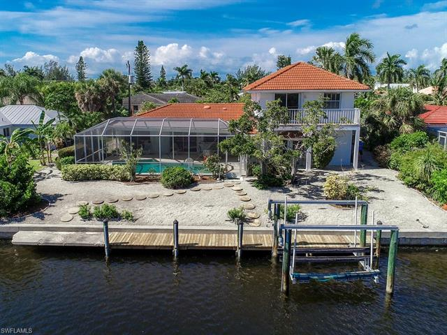 938 Pecten Ct, Sanibel, FL 33957