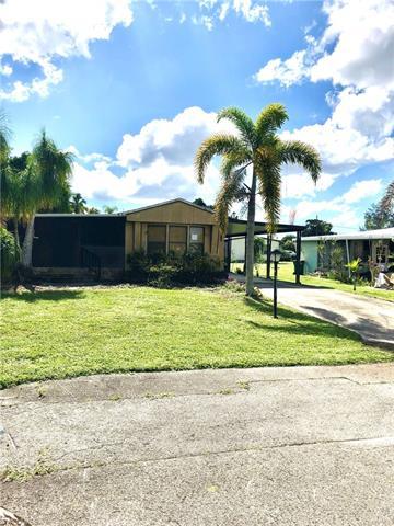 100 Pine Key Ln 20, Naples, FL 34114