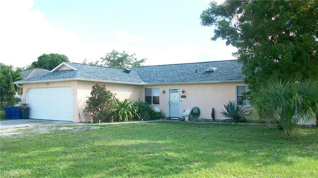 10820 Bonita Dr, Bonita Springs, FL 34135