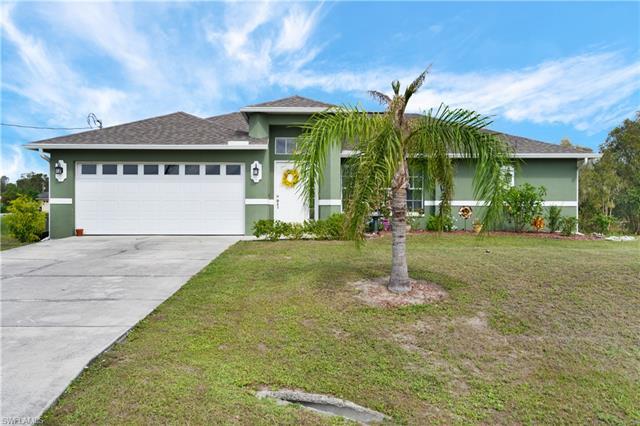 225 Ancona St, Fort Myers, FL 33913