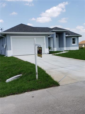 3416 23rd St W, Lehigh Acres, FL 33971