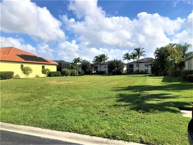 5605 Harbour Cir, Cape Coral, FL 33914