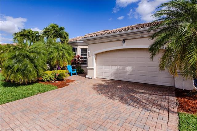 15469 Laguna Hills Dr, Fort Myers, FL 33908