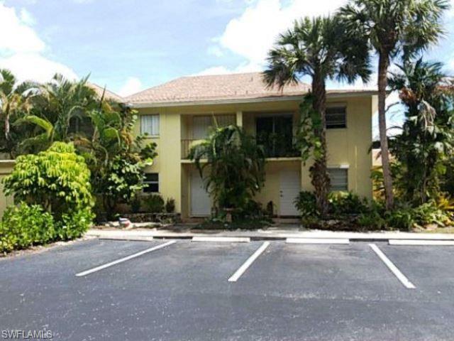 1201 Solana Rd 9, Naples, FL 34103