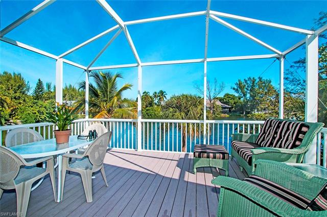 1458 Sandpiper Cir, Sanibel, FL 33957