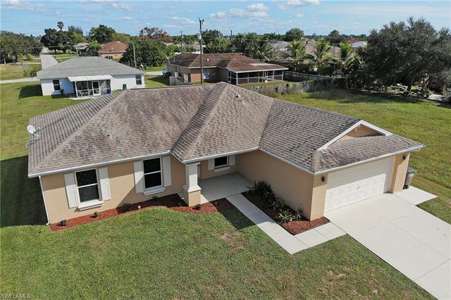 2207 Ne 17th Ave, Cape Coral, FL 33909