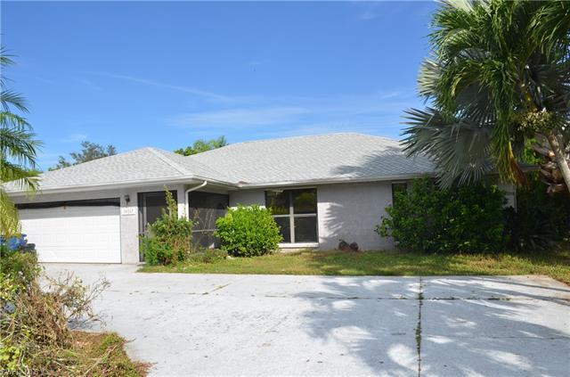 10267 Enoch Ln, Bonita Springs, FL 34135
