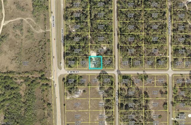 2405 E 18th St, Lehigh Acres, FL 33972