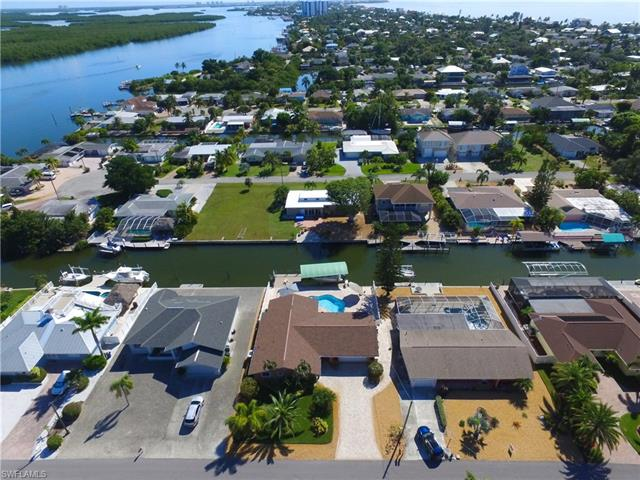 430 Donora Blvd, Fort Myers Beach, FL 33931