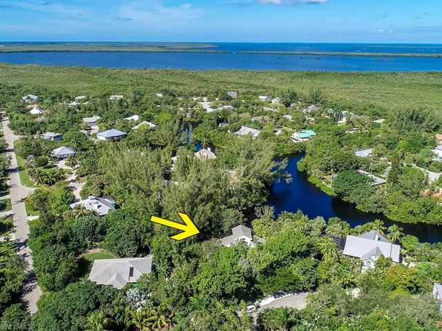 9444 Cotten Ct, Sanibel, FL 33957