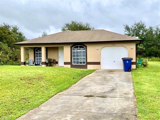 2506 61st St W, Lehigh Acres, FL 33971