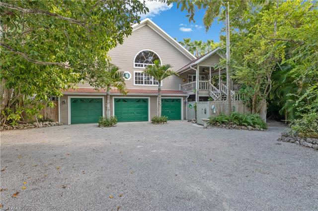 8060 Lagoon Rd, Fort Myers Beach, FL 33931