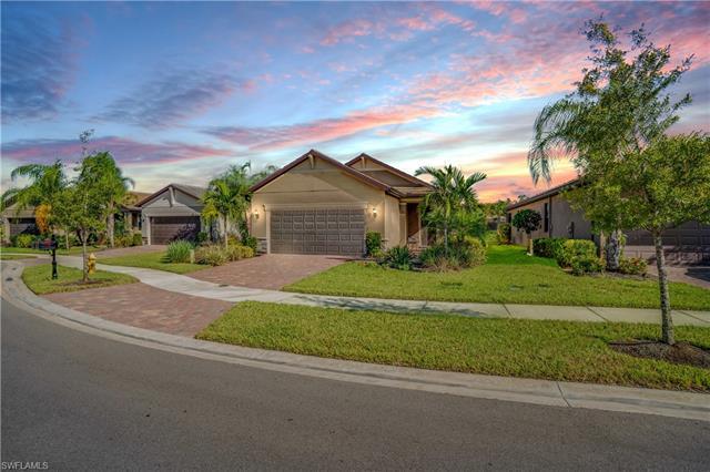 10808 Glenhurst St, Fort Myers, FL 33913