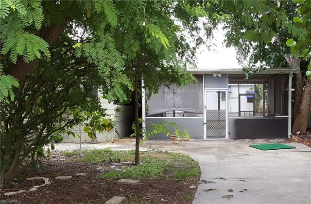 21100 Cypress Park Cir, Estero, FL 33928