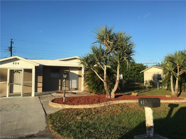 809 Perry Ave, Lehigh Acres, FL 33936