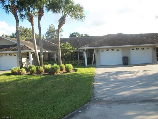 218 W Crescent Dr, Clewiston, FL 33440