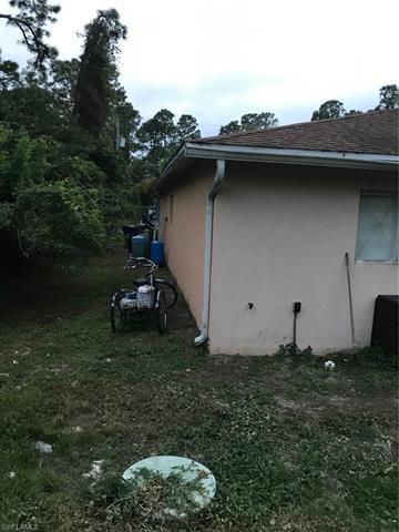 4628/4630 26th St Sw, Lehigh Acres, FL 33973