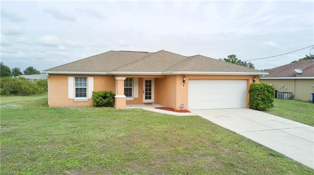 2612 66th St W, Lehigh Acres, FL 33971