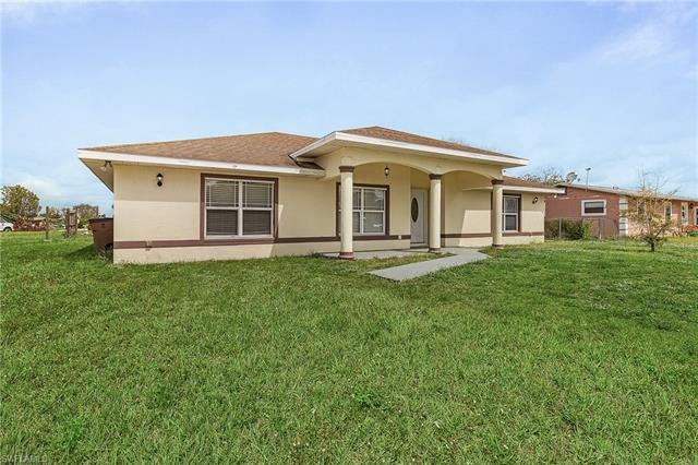 1118 Gifford Ave S, Lehigh Acres, FL 33936