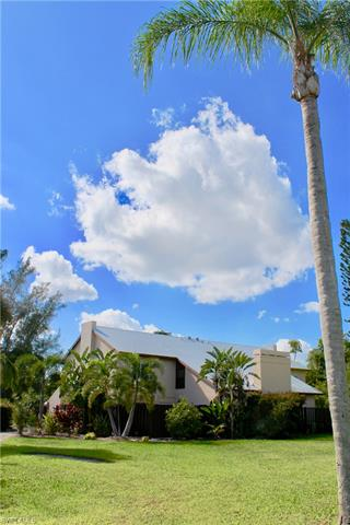 6268 Westshore Dr 2, Fort Myers, FL 33907