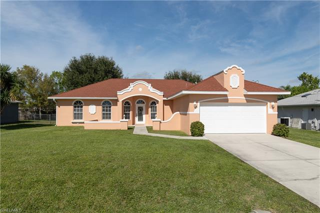 1013 Sw 32nd Ter, Cape Coral, FL 33914