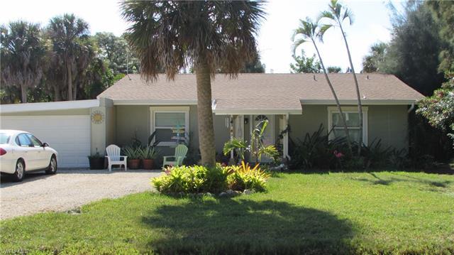 3471 Papaya St, St. James City, FL 33956
